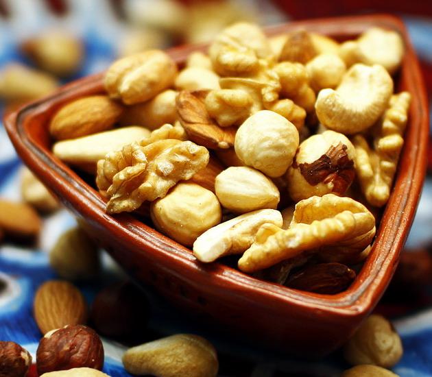Ореховый MIX в сладком сиропе (фисташки, миндаль, арахис)
